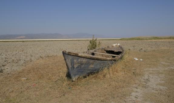 Marmara Gölü Kuruyor